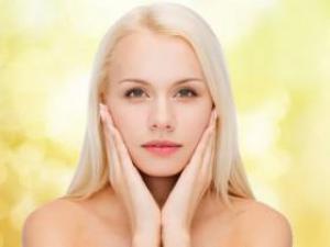 Зимняя косметология: защищаем кожу вокруг глаз
