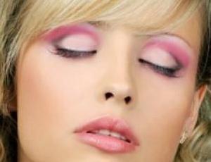 Какие должны быть спонжи для макияжа