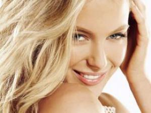 Чем полезно масло шиповника для волос