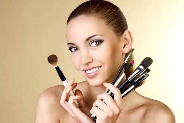 Советы по нанесению макияжа