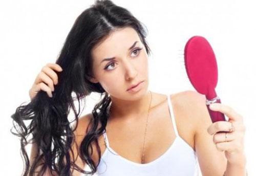 Почему выпадают волосы?