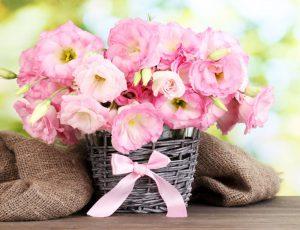 Букеты из цветов с доставкой на любой адрес