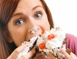 Польза и вред сладостей для женского организма