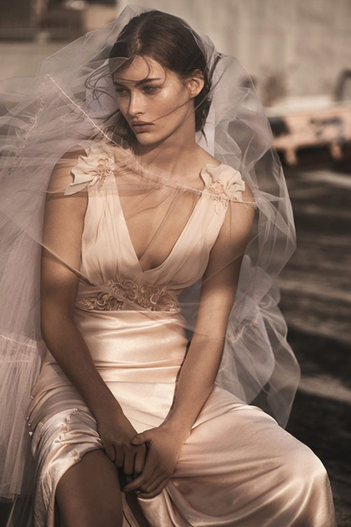 Шикарно и доступно: Topshop запускает дебютную свадебную коллекцию