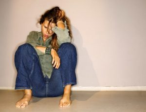 Советы психолога: как прекратить примерять на себя чужие травмы
