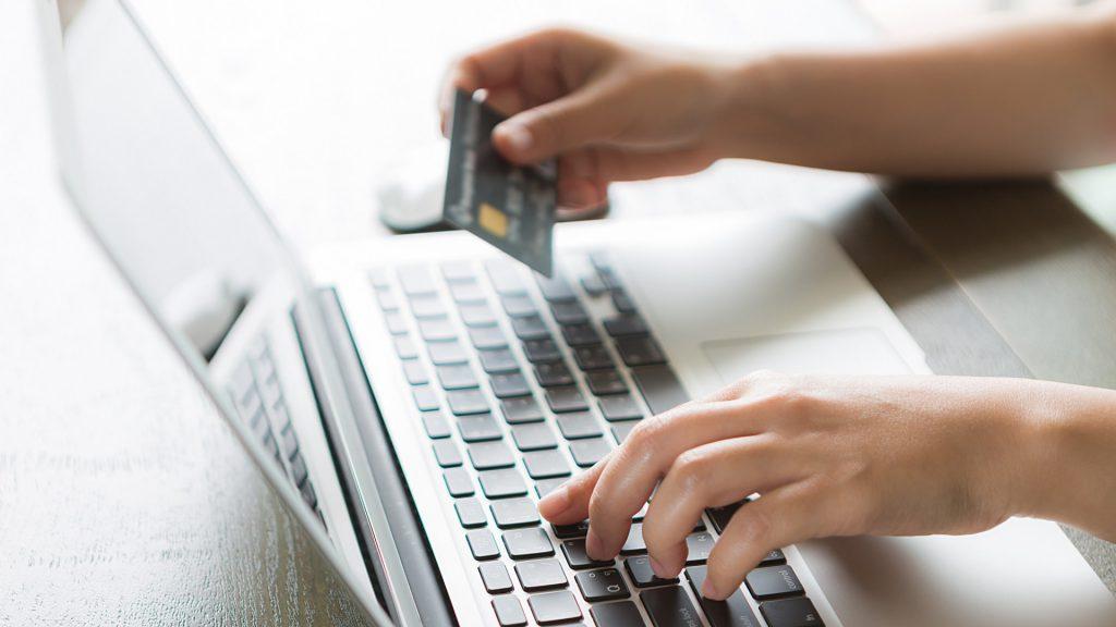 Преимущества заказа автомобильных запчастей через интернет
