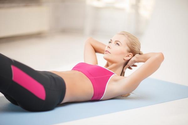 Как правильно качать пресс: 4 упражнения для плоского живота