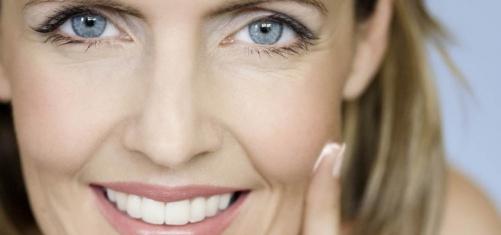 Изучаем омолаживающий макияж
