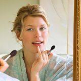 Как сохранить кожу лица молодой? Секреты совершенства