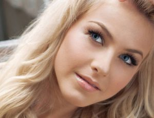 Выпадают волосы на голове? Вам помогут эффективные витамины и минералы для роста волос и ногтей