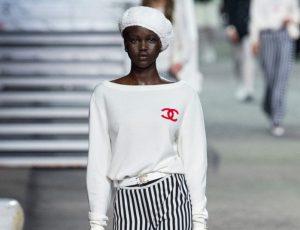 В Париже прошел показ Chanel Cruise 2019