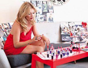 Кейт Мосс создала косметический набор, который нужен каждой