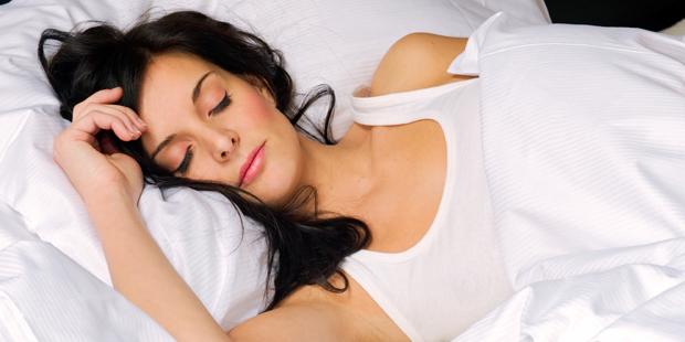 Это официально! Почему женщины должны спать больше мужчин?