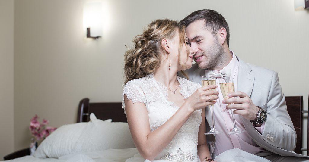 Выбираем постельное белье для первой брачной ночи