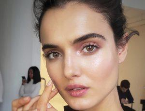 Что делать, чтобы тональный крем не скатывался на лице: 5 советов визажиста