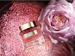 Лепестки роз во флаконе: новая сыворотка Absolue от Lancôme