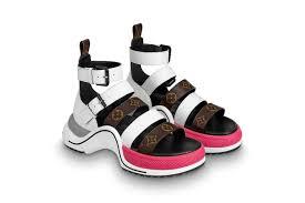 Легендарные кроссовки Archlight Louis Vuitton превратились в сандалии