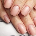Новинка в ногтевой индустрии: полигель плюсы и минусы