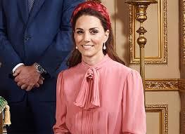 Образ Кейт Миддлтон сравнили с тем, что королева Елизавета надевала в 60-х
