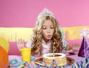 Какой подарок выбрать ребенку на день рождения: лучшие идеи