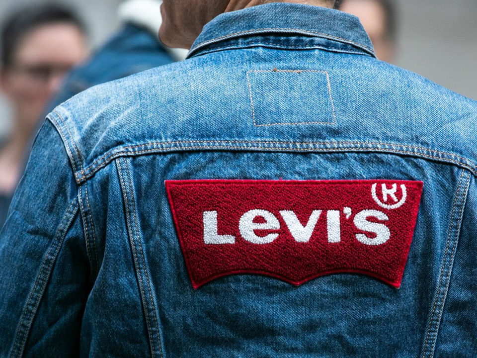 Детальный взгляд на новый глобальный план водной стратегии Levi's