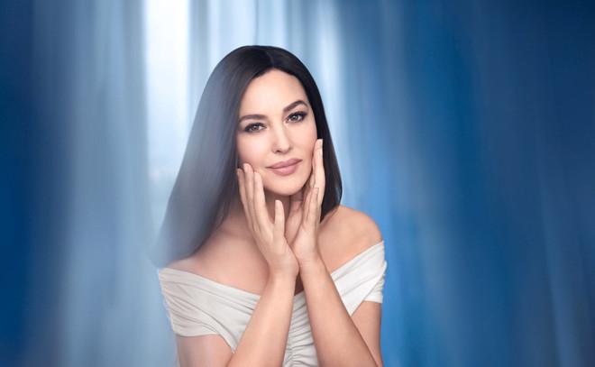 Моника Беллуччи стала лицом косметического бренда Nivea