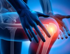 Боль в суставах и отек — что является наиболее частой причиной?