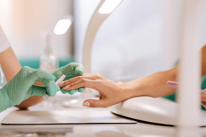 Как нужно ухаживать за ногтями