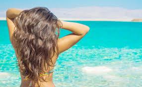 Kак ухаживать за волосами летом