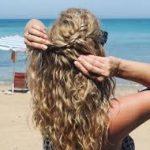 4 простых прически для похода на пляж