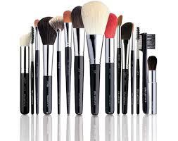 Кисти для макияжа: какие бывают и как пользоваться