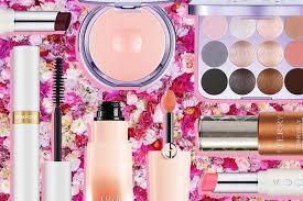 Хиты сезона:коллекции макияжа