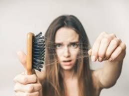 Что делать, если у вас сильно выпадают волосы