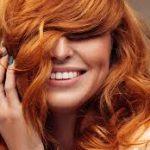 Яркие краски без вреда: как ухаживать за окрашенными волосами