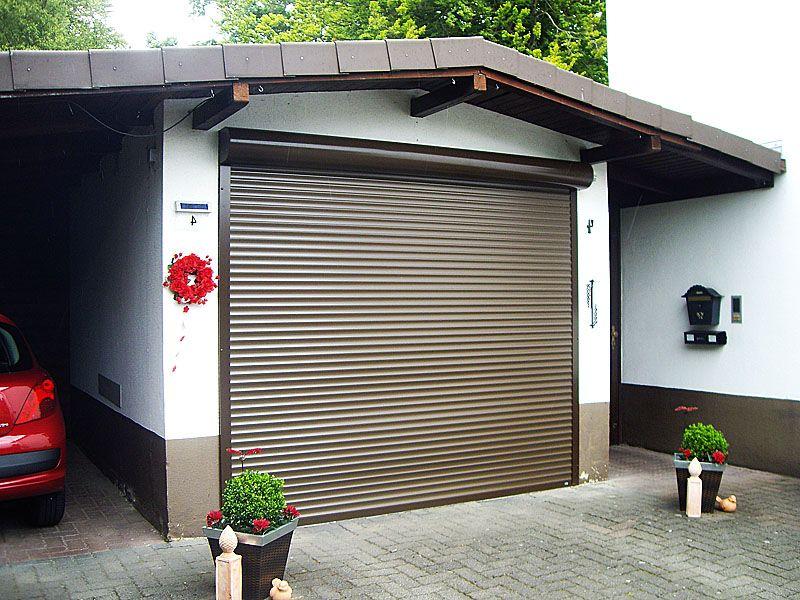 Рулонные ворота: экономичный вариант для гаража