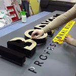 Услуги оформления и производства оригинальных вывесок