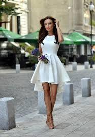 Лучшие летние сочетания с белым платьем
