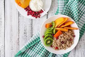 Съел — и порядок: топ-5 фактов о питании и биодобавках красоты
