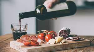 Хамон и вино: 6 гурманских диет, которые вам понравятся