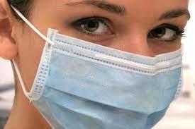 Пять важных правил, как носить медицинскую или самодельную маску