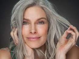 Возраст и красота: что происходит с нашими волосами в 20, 30 или 40 лет