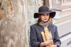 5 бьюти-правил, которым следуют настоящие француженки