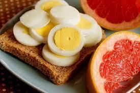 Два яйца и грейпфрут. Бюджетная яичная диета, на которой худеют все